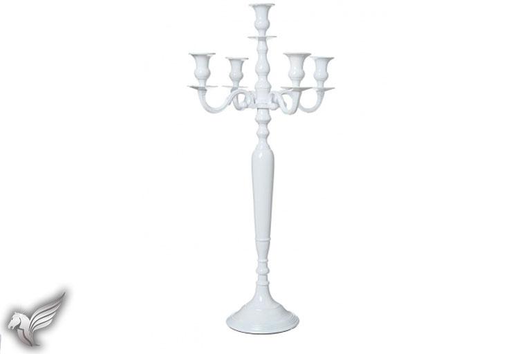 deco_768x512_chandeliers_02